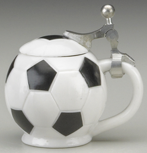 MINI SOCCER BALL STEIN W LID