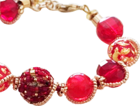 Pair them with our Murano necklaces and earrings or wear them alone for a great look that is at once unique and elegant.