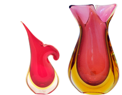 Murano glass vases are exquisite Venetian creations. They are hand-blown individually, which explains their uniqueness.